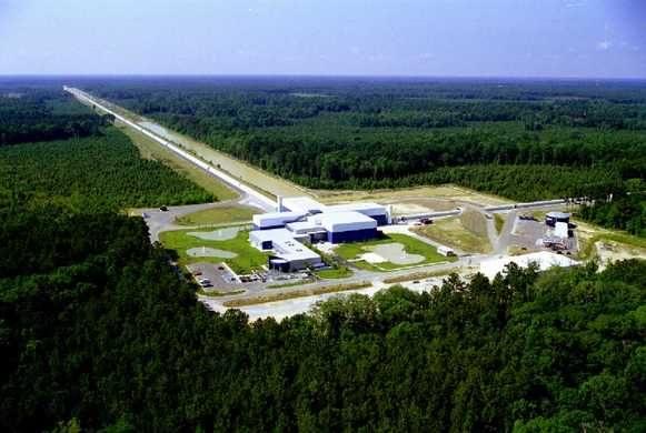 LIGO  (Laser Interferometer Gravitational-Wave Observatory)